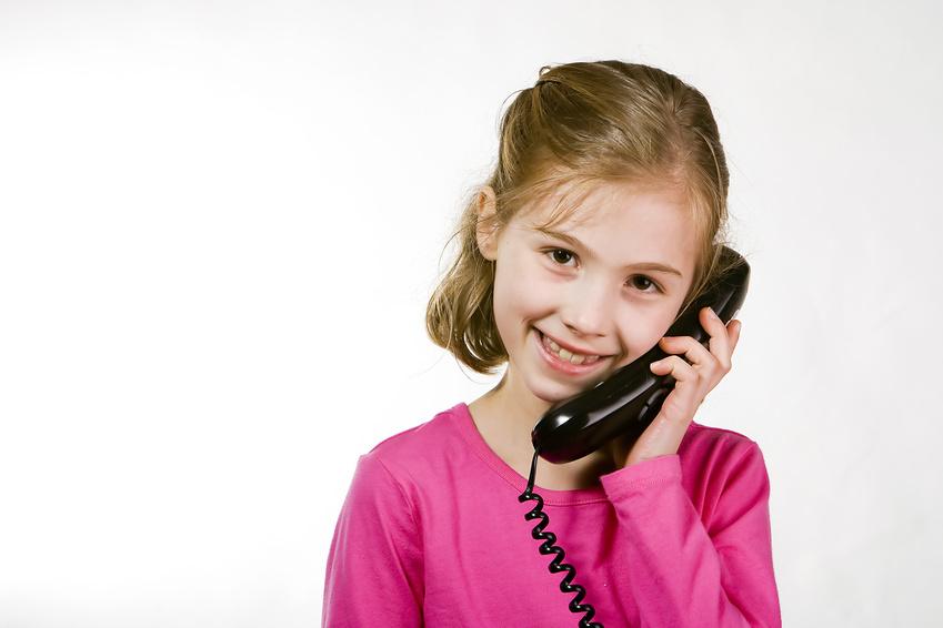 постановочные картинки как разговаривают по телефону что однажды